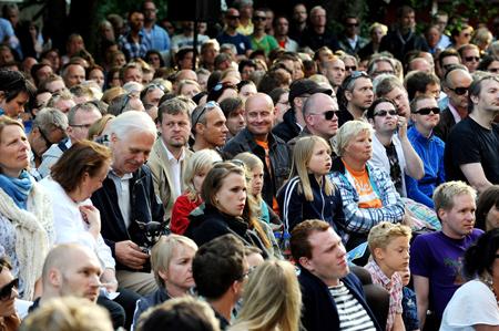 Publikum under Hagekonserten 2010 (foto: Thomas Olsen/Gaysir)