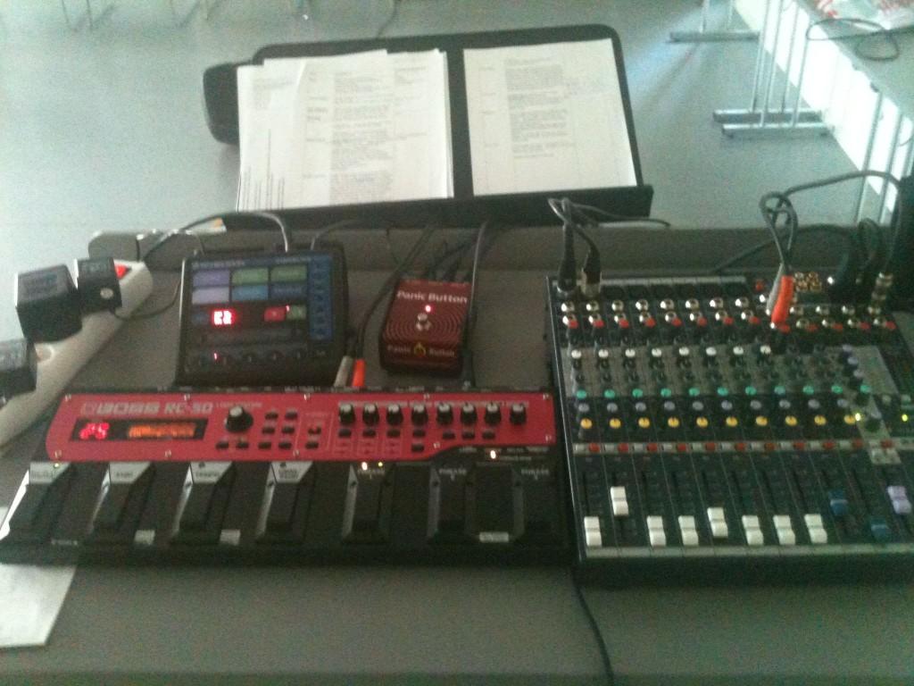 En del tekniske duppeditter trengtes for å gjennomføre den improvisatoriske fortellerkonserten om Balders død.